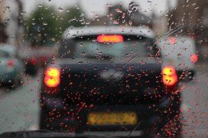 conducerea preventiva pe ploaie